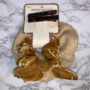Mustard Scrunchie set with hair clips
